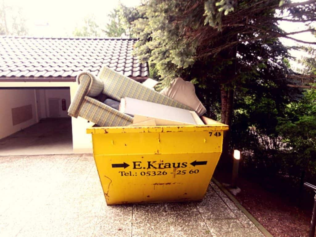 Decluttering early leads to less stress moving